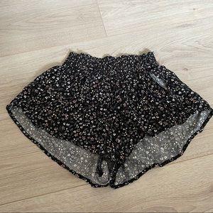 Garage flowy shorts